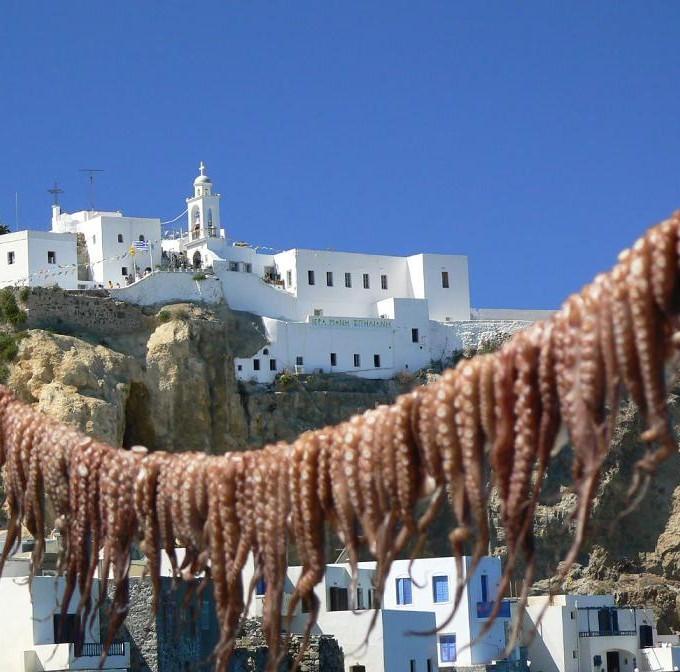 В_порту_Нисироса,_Греция