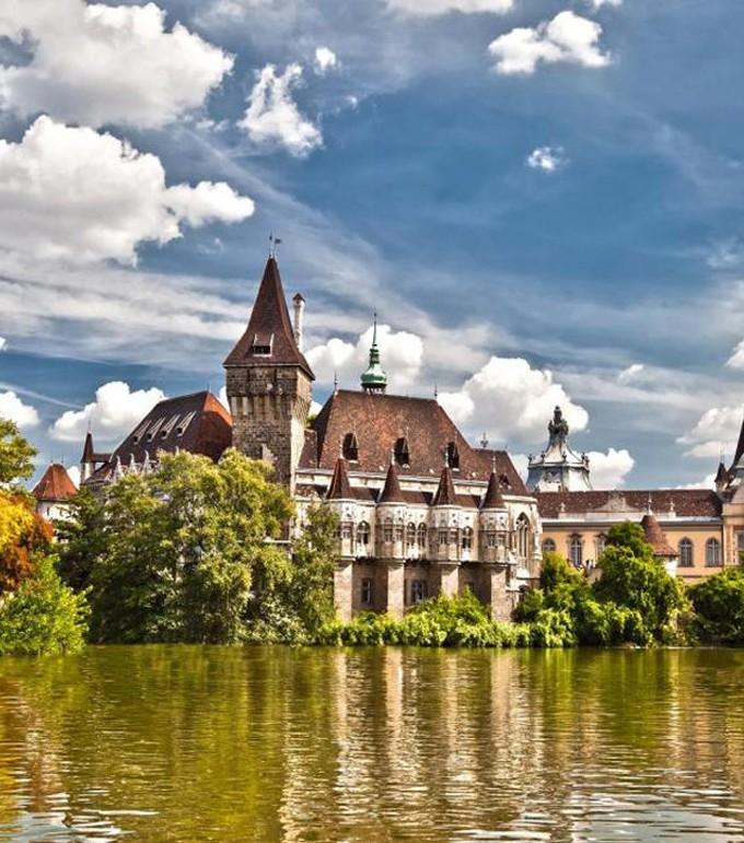 Венгрия, Замок мечты в