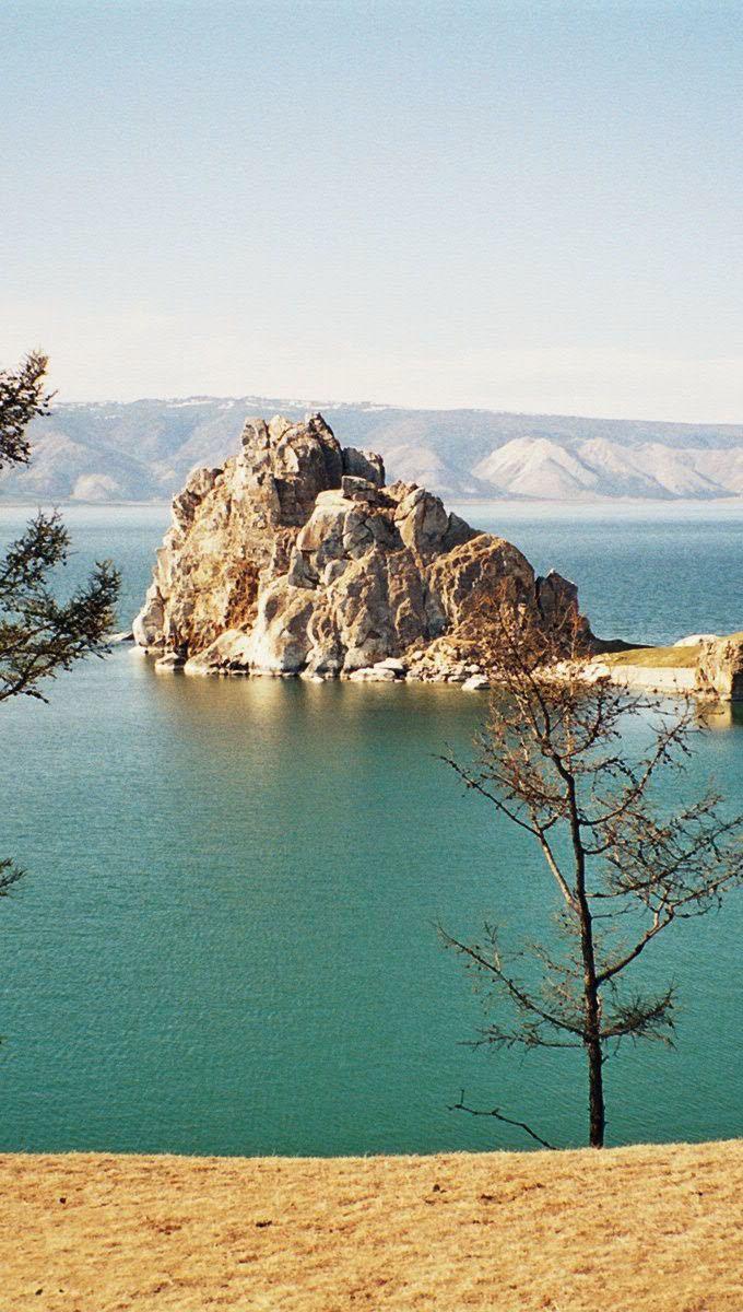 Россия Olchon_Shaman_Rock